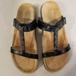 Naot Sandal Rhinestone Classic Malibu size 10-10.5
